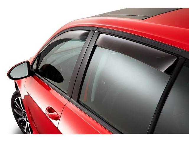 Diagram Side Window Deflector Kit - 4dr - Smoked (NPN072007) for your Volkswagen SportWagen